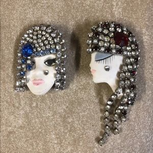Handmade crystal brooch set. NWT